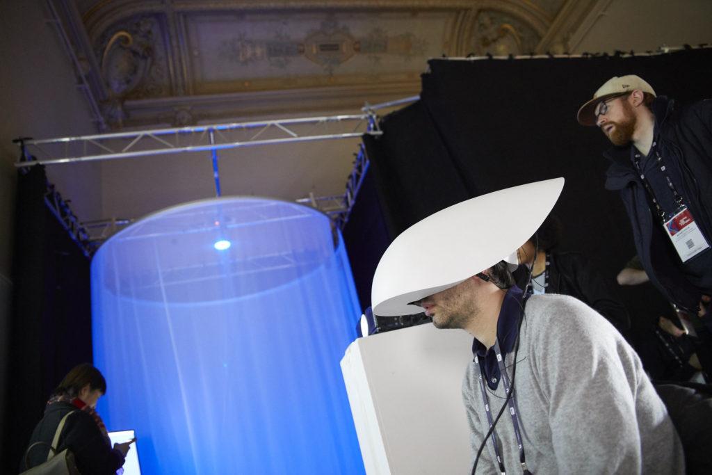 Oeuvre lors du festival Recto VRso de Laval Virtual