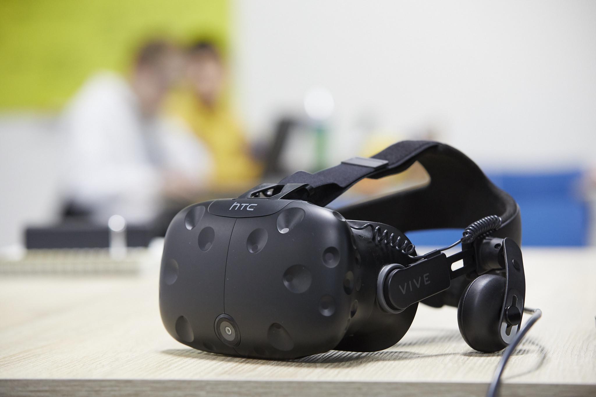 Casque VR HTC Vive lors du hackathon de Laval Virtual