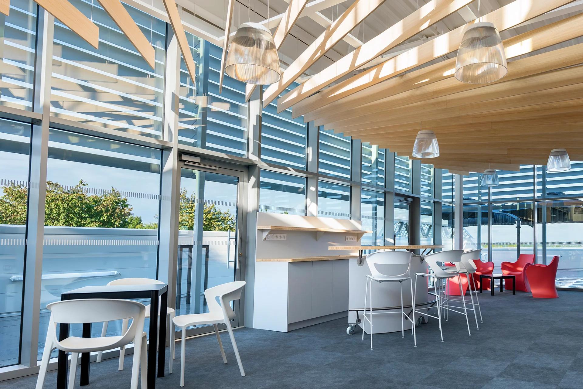 La Mezzanine et la Terrasse au Laval Virtual Center - Location de salles