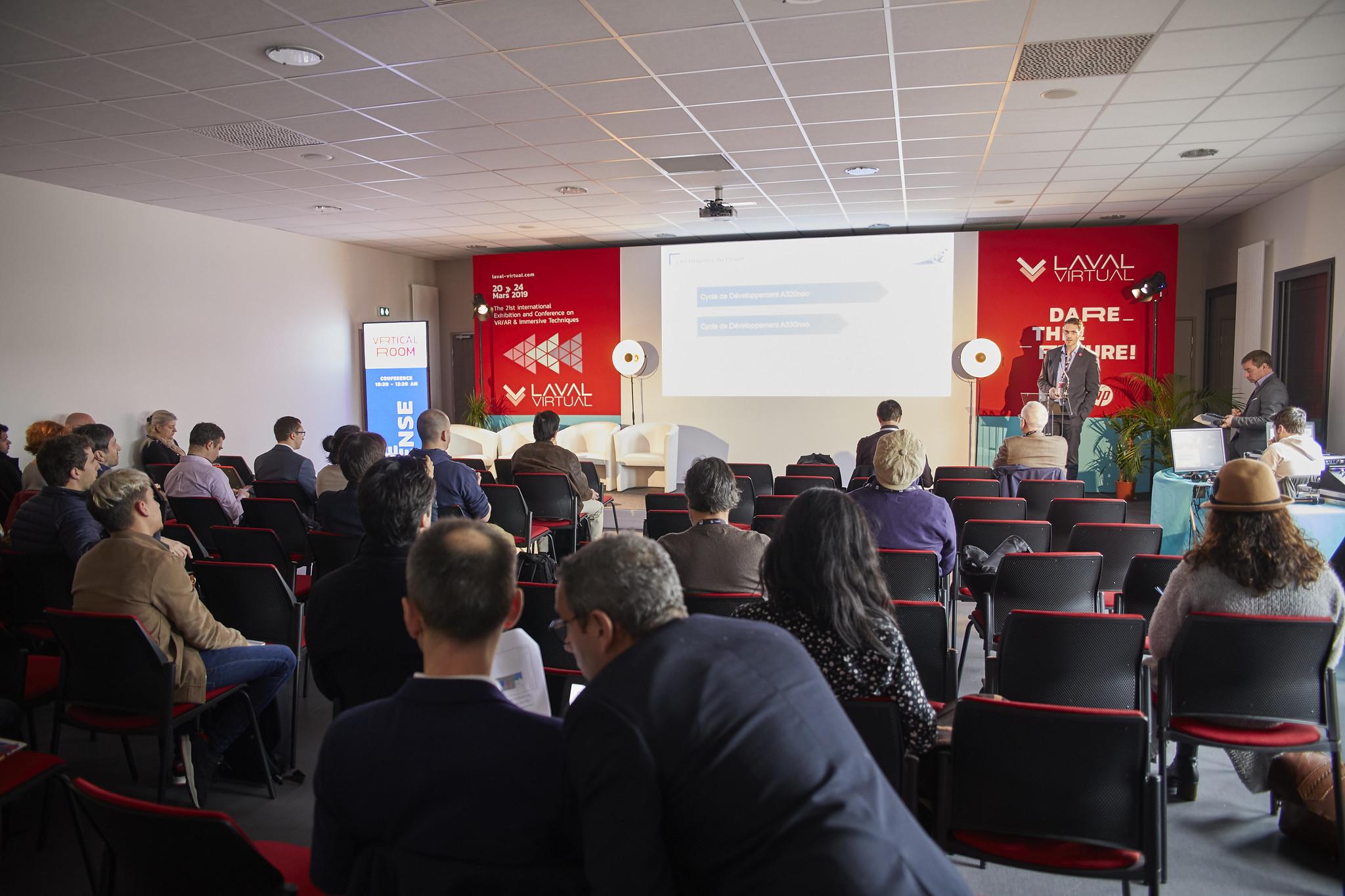 Organisez vos événements virtuels : conférences et plénières